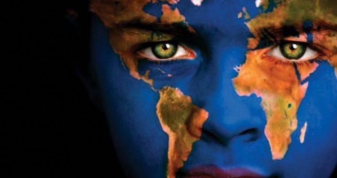 Παγκοσμιοποίηση και ενδοευρωπαϊκός κανιβαλισμός, Σάββας Ρομπόλης και Βασίλης Μπέτσης