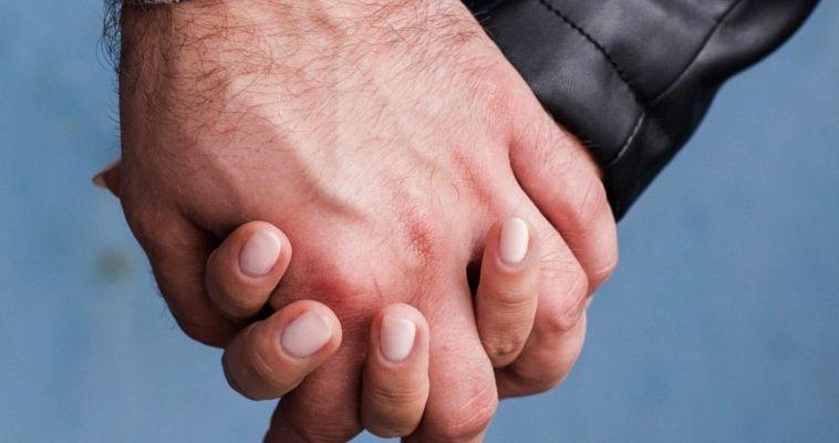 Ομοφυλοφιλικές εφαρμογές γνωριμιών