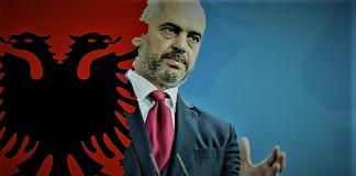 """Σημαιοφόρος της """"Μεγάλης Αλβανίας"""" ο Ράμα, Σταύρος Λυγερός"""