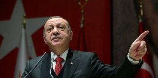 Τα κάνει όπου βρίσκει ο Ερντογάν, Κώστας Βενιζέλος
