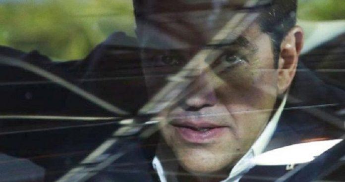 Τσίπρας - Θεοδωράκης: Συνάντηση που προκαλεί αντιδράσεις
