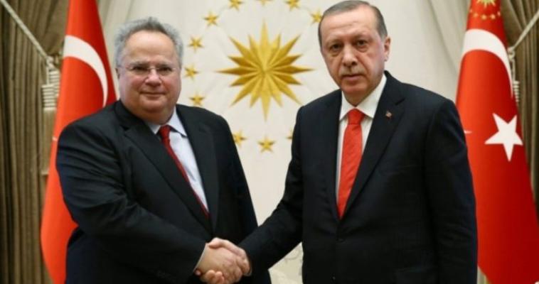 του Μένιου Τασιόπουλου – Κάθε φορά που ο Νίκος Κοτζιάς μιλάει δημοσίως προσπαθεί να στείλει το μήνυμα ότι ο τρόπος που η Ελλάδα αντιμετωπίζει την Τουρκία, όπως φάνηκε και κατά τη διάρκεια της επίσκεψης Ερντογάν, αποσκοπεί στην διασφάλιση της ειρηνικής συνύπαρξης, δεν υπαγορεύεται από φόβο. Δεν παρέλειψε, μάλιστα, να εκφράσει την εκτίμηση ότι η επιχειρησιακή ικανότητα των τουρκικών ενόπλων δυνάμεων είναι αμφίβολη κι ότι αυτό διεφάνη στο μέτωπο της Συρίας. Αυτό που ωστόσο αξίζει να υπογραμμισθεί είναι το μήνυμα ότι […]