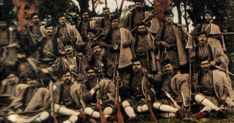 """του Σταύρου Λυγερού – Στους νεώτερους χρόνους, η Μακεδονία είναι μία πολυεθνική περιοχή. Στα τέλη του 19ου αιώνα και στις αρχές του 20ου, η Οθωμανική Αυτοκρατορία είχε περιέλθει σε καταλυτική κρίση. Το περιβόητο Ανατολικό Ζήτημα ήταν ο ανταγωνισμός των εθνικών κρατών της περιοχής για τη διεκδίκηση μεγαλύτερου μεριδίου από το κενό, που θα άφηνε η διαφαινόμενη κατάρρευση του """"μεγάλου ασθενούς"""". Το Μακεδονικό αποτελούσε μία από τις σημαντικότερες πτυχές του Ανατολικού ζητήματος. Προέκυψε από τον ανταγωνισμό της Ελλάδας, της Βουλγαρίας και […]"""