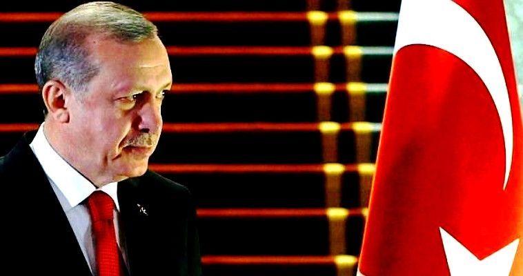 Με την ανοχή της Ρωσίας η Τουρκία συνεχίζει στο Αφρίν παρά την αντίδραση Άσαντ και Ιράν. Οι σχέσεις των τεσσάρων παικτών είναι ασύμμετρες λυκοφιλίες, αλλά ο Τραμπ και το Ισραήλ τους κρατούν στην ίδια όχθη. Γράφει ο Γιώργος Λυκοκάπης – Το σιϊτικό Ιράν, ο σημαντικότερος σύμμαχος του καθεστώτος Άσαντ από κοινού με τη Ρωσία, κράτησε αρχικά μία διφορούμενη στάση στην απόφαση του ΟΗΕ για την Συρία. Η απόφαση προβλέπει εκεχειρία 30 ημερών στην εμπόλεμη χώρα, με εξαίρεση τις περιοχές που […]