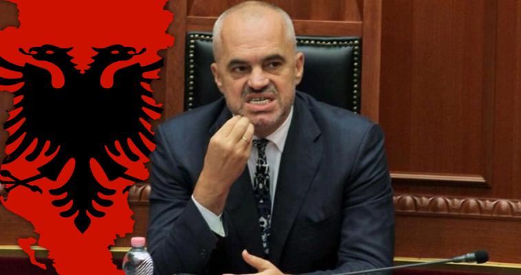Γράφει ο Αλέξανδρος Τάρκας – Το σχέδιο του Αλβανού πρωθυπουργού Έντι Ράμα για τον –έστω απώτερο– στόχο εκλογής κοινού προέδρου Αλβανίας και Κοσόβου, μαζί με θεσμούς κοινής διπλωματικής εκπροσώπησης και όργανα που θυμίζουν την εγκαθίδρυση ομοσπονδίας, δεν αποτελεί πολιτικό κεραυνό εν αιθρία. Εκπλήσσει, όμως, ως προς το χρόνο της δημόσιας διακήρυξής του. Αν ο Ράμα είχε στοιχειώδη αυτοσυγκράτηση και αίσθηση μετριοπάθειας, δεν θα αποτολμούσε μια δήλωση που επαναφέρει τις θεωρίες περί Μεγάλης Αλβανίας. Η συγκυρία είναι ιδιαίτερη. Προέβη σ' αυτή […]
