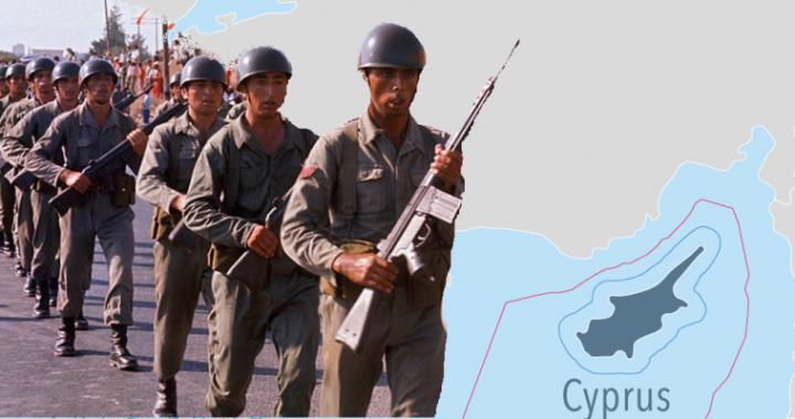 """του Κώστα Γρίβα – Δια της απροκάλυπτης και ωμής χρήσης ισχύος στον θαλάσσιο χώρο γύρω από την Κύπρο, η Τουρκία έχει, μέχρι στιγμής, επιτύχει να αδρανοποιήσει τις έρευνες για υδρογονάνθρακες που διεξήγαγε η Κυπριακή Δημοκρατία. Αυτή δεν είναι μια απλή πρόκληση όπως αναφέρεται αλλά κάτι πολύ σοβαρότερο. Αν η Τουρκία καταφέρει και παγιώσει αυτήν την κατάσταση τότε θα έχει καταφέρει να ακρωτηριάσει σε τέτοιον βαθμό τα κυριαρχικά δικαιώματα της Κυπριακής Δημοκρατίας ώστε να πάψει να θεωρείται """"πλήρες"""" και κανονικό κράτος. […]"""