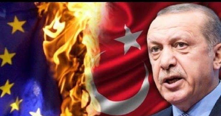 Γράφει ο Απόστολος Αποστολόπουλος – Η παρατεινόμενη αναμέτρηση, αλλά όχι μετωπική ρήξη Ρωσίας-Αμερικής επιτρέπει στον Ερντογάν να χορεύει στη Συρία, αντί να κλαίει. Αν και όταν οι δυο μεγάλοι συνεννοηθούν, ο Τούρκος πρόεδρος θα υποχρεωθεί να επιλέξει, εκτός αν αποφασίσουν να τον συνθλίψουν. Η εικόνα του τρελού, απρόβλεπτου και ανεξέλεγκτου Ερντογάν που κυριαρχεί στην Ελλάδα είναι παραπλανητική. Εξυπηρετεί μια κυβέρνηση τρομαγμένη και έναν ψοφοδεή πολιτικό κόσμο που δεν ξέρει τι τρέμουν περισσότερο: Να αντισταθεί ή να παραδοθεί; Κινδυνεύει ή να […]