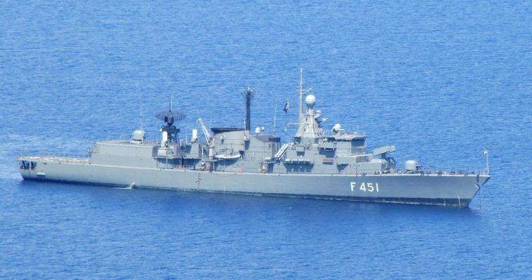 Με ποια κριτήρια πρέπει να επιλεγεί η νέα φρεγάτα – Καραμπόλες κυβέρνησης-Ναυτικού, Ζαχαρίας Μίχας
