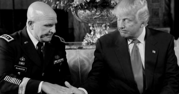 Γράφει ο Γιώργος Λυκοκάπης – Ο πρόεδρος Τραμπ έχει εμπιστοσύνη στην «τρόϊκα των στρατηγών». Αναφερόμαστε στους τρεις ανώτατους αξιωματικούς των αμερικανικών ενόπλων δυνάμεων που έχουν θέσεις ευθύνης στην κυβέρνηση Τραμπ. Είναι ο υπουργός Άμυνας Τζέιμς Μάτις, ο Σύμβουλος Εθνικής Ασφάλειας Χέρμπερτ Μακ Μάστερ και ο Προσωπάρχης του Λευκού Οίκου Τζον Κέλι. Οι συνεχείς ανακατατάξεις που συμβαίνουν στον Λευκό Οίκο δεν τους επηρεάζουν. Εξαιρείται ο Μακ Μάστερ, ο μόνος από την τριανδρία που συζητείται το ενδεχόμενο αντικατάστασης του. O πιο ισχυρός […]