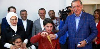 Τα υψηλά ποσοστά του στριμωγμένου Ερντογάν, Κώστας Βενιζέλος