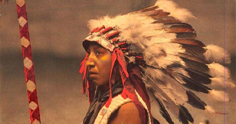Οι ιθαγενείς της Αμερικής μέσα από έγχρωμες φωτογραφίες