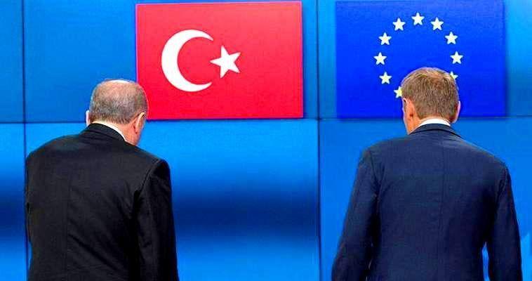 Γράφει ο Σταύρος Λυγερός – Σε πολύ μεγάλο ποσοστό οι Τούρκοι πιστεύουνπως η Ουάσιγκτον μεθοδεύει τον ακρωτηριασμό της χώρας τους. Θεωρούν την αμερικανική υποστήριξη προς τους Κούρδους της Συρίας ως απόδειξη ότι δρομολογείται η δημιουργία κουρδικού κράτους. Προς αυτή την κατεύθυνση, άλλωστε, ωθεί εδώ και καιρό και το Ισραήλ. Για τους Τούρκους η ίδρυση αυτόνομης κουρδικής οντότητας στη βόρεια Συρία εκ των πραγμάτων θα θέσει σε αμφισβήτηση την εδαφική ακεραιότητα και της χώρας τους. Δεν έχουν αμφιβολία ότι το PYD/YPG […]