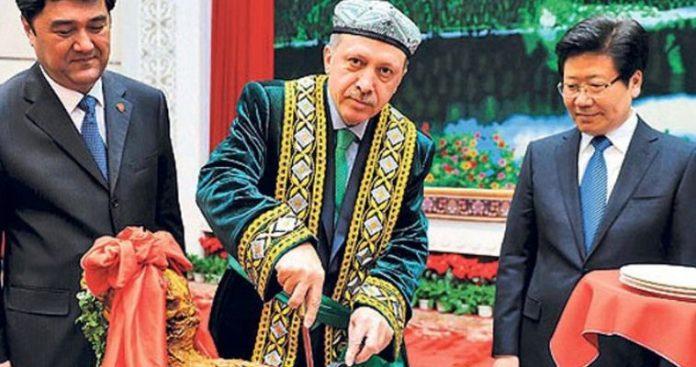 Ερντογάν: Συνομιλητής της Κίνας, αποδέκτης επικρίσεων της Δύσης, Κώστας Ράπτης