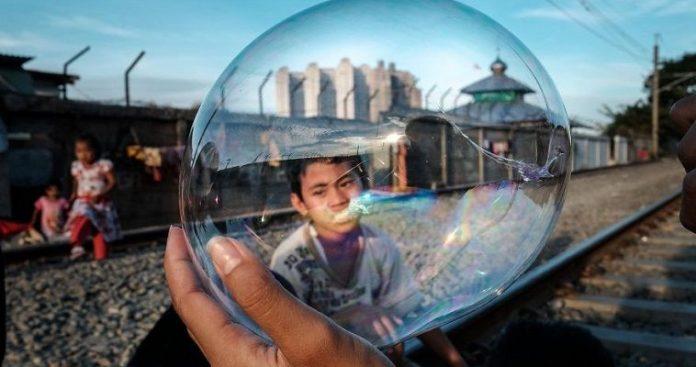 Η καθημερινότητα στην πυκνοκατοικημένη Τζακάρτα
