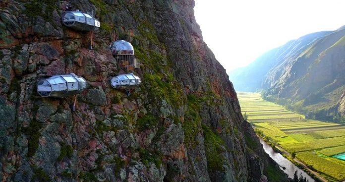 Το ξενοδοχείο που βρίσκεται πάνω σε γκρεμό του Περού
