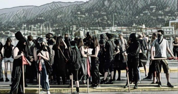 Γκετοποιημένοι πρόσφυγες σε γκετοποιημένα νησιά. Ποιούς βολεύει;, Θοδωρής Καρναβάς