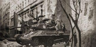 Η Ουγγρική Επανάσταση του 1956 μέσα από παιχνίδια Lego