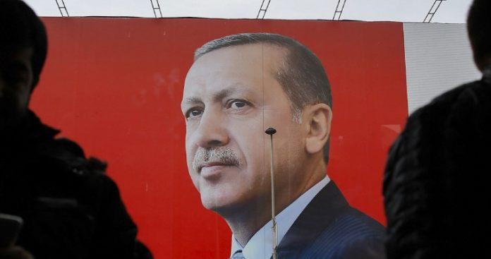 Η μεγάλη σκακιέρα και το αυτονομημένο τουρκικό πιόνι, Απόστολος Αποστολόπουλος