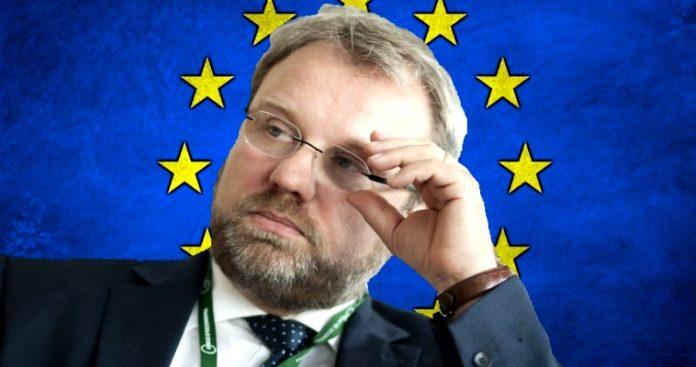 Η Eυρωζώνη υπνοβατεί προς τη νέα οικονομική κρίση, Wolfgang Münchau