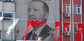 """Βγήκε ο Ερντογάν παγανιά κι όποιον πάρει ο """"χάρος""""... Βαγγέλης Σαρακινός"""