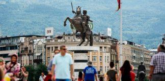 Ο εθνικός αυτοχειριασμός και ο λογαριασμός που δεν θα αργήσει, Βενιαμίν Καρακωστάνογλου