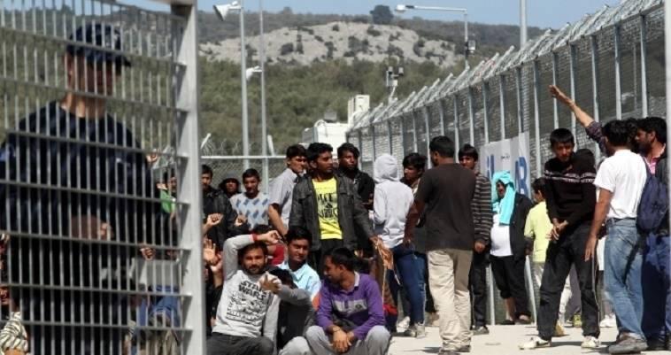Σε κρίσιμη καμπή το μεταναστευτικό - Με επίταξη εκτάσεων τα κλειστά κέντρα στα νησιά, Βαγγέλης Σαρακινός