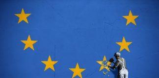 Επιμένει η Ρώμη, απειλούν οι Βρυξέλλες, Βαγγέλης Σαρακινός