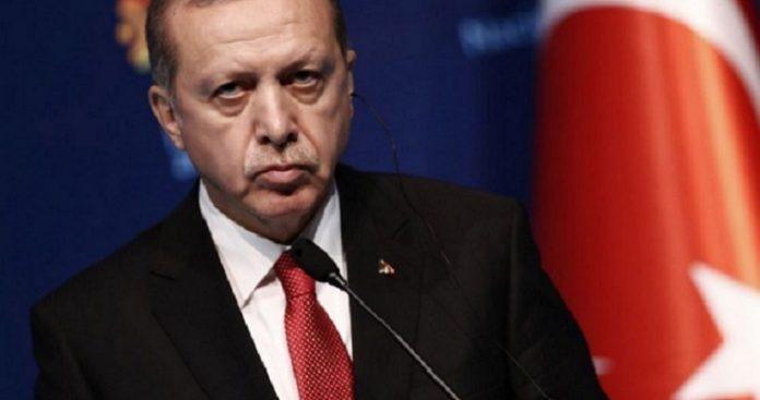 Παίρνει κόσμο στον λαιμό του ο Ερντογάν, Βαγγέλης Σαρακινός