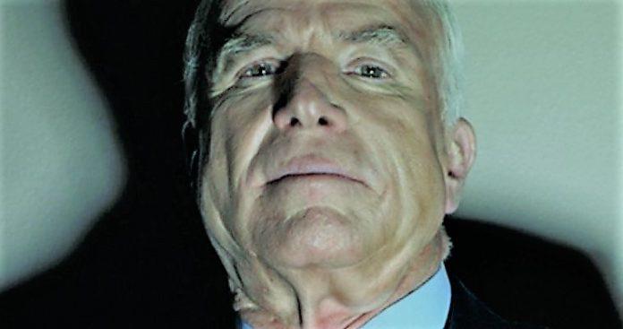 Γερουσιαστής McCain: Ήρωας πολέμου ή δημιουργός θυμάτων πολέμου;, Βαγγέλης Γεωργίου