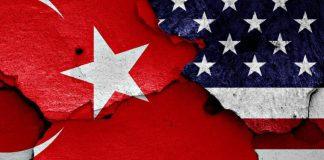 Το ραγισμένο αμερικανοτουρκικό γυαλί, Κώστας Βενιζέλος
