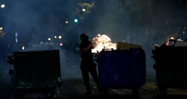 Ένταση αστυνομίας-κουκουλοφόρων στα Εξάρχεια