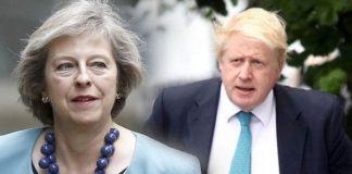 Μπρα ντε φερ Μέι-Τζόνσον με φόντο το Brexit, slpress