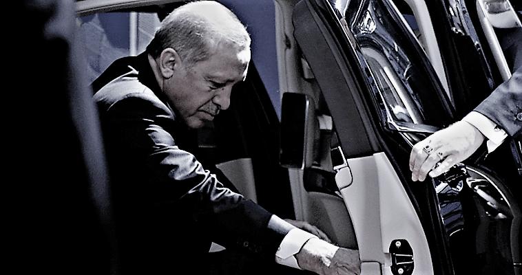 Ο Ερντογάν κάνει μπίζνες και μεταλλάσσει τα Κατεχόμενα, Κώστας Βενιζέλος