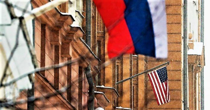 Στις συμπληγάδες ΗΠΑ-Ρωσίας η ελληνική διπλωματία, Παναγιώτης Ήφαιστος