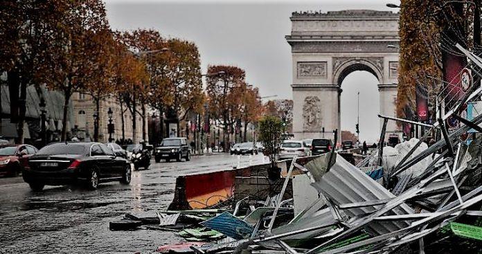Η Γαλλία ξαναγίνεται το πολιτικό εργαστήρι της Ευρώπης, Σταύρος Λυγερός