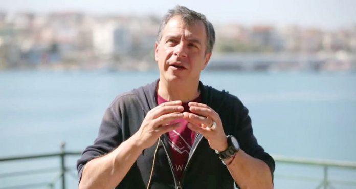 «Μόνο Σταύρο, με λένε, μόνο Σταύρο», Βαγγέλης Σαρακινός