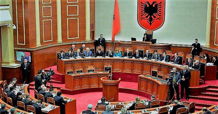 Η σημασία του σαρωτικού ανασχηματισμού στην Αλβανία, Κώστας Ράπτης