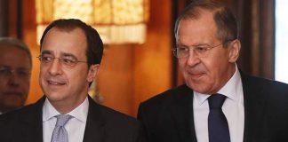 Στη Μόσχα ο Κύπριος υπουργός Εξωτερικών για συνομιλίες με Λαβρόφ