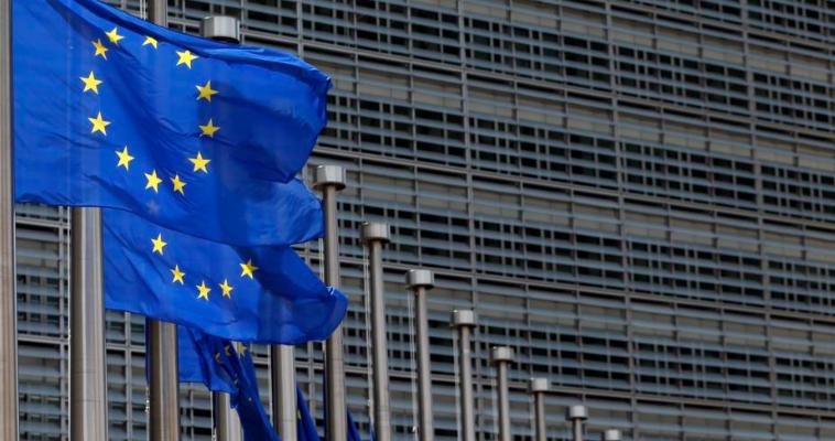 Η Ευρώπη πασχίζει να κρατήσει το λουρί της Αθήνας