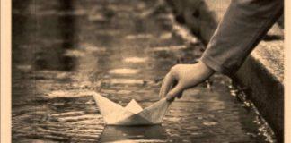 Το καράβι που έπεσε σε ξέρα και η ανάγκη για νέους χάρτες, Λουκάς Αξελός