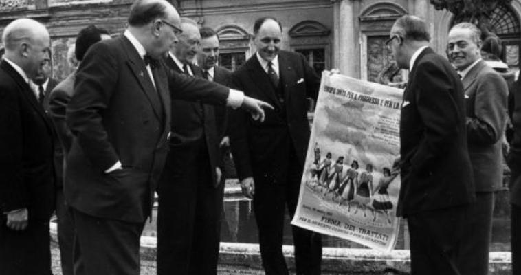 """Για να μην επιστρέψουμε στην """"Ευρώπη των έξι""""... Χρήστος Μπαξεβάνης"""