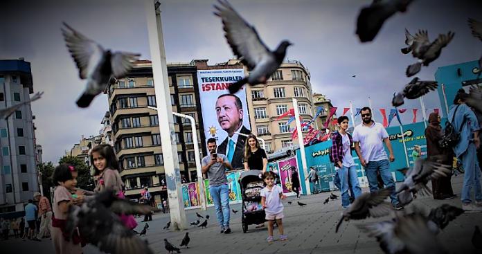 Το πολιτικό άστρο του Ερντογάν βαίνει προς τη δύση του, Νεφέλη Λυγερού