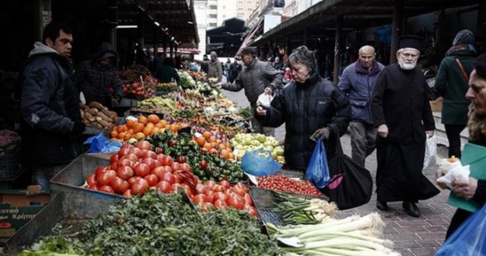 Η οικονομική κατρακύλα της Ελλάδας σε τρείς δείκτες, Κώστας Μελάς