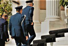 Προεκλογικό σόου με ΚΥΣΕΑ - Απαξίωση της εξωτερικής πολιτικής, Θέμης Τζήμας