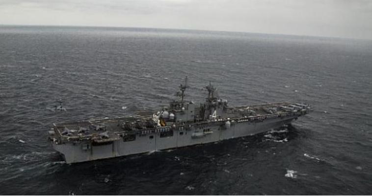 Αντίποινα ΗΠΑ στο Ιράν - το USS Boxer κατέρριψε drone στον Κόλπο!