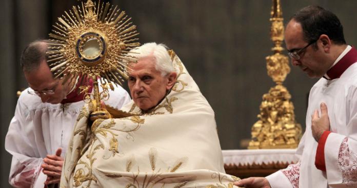 Ανθρώπινα δικαιώματα και Καθολικισμός - Μία δύσκολη αρχή, Αρχιεπίσκοπος Αλβανίας Αναστάσιος