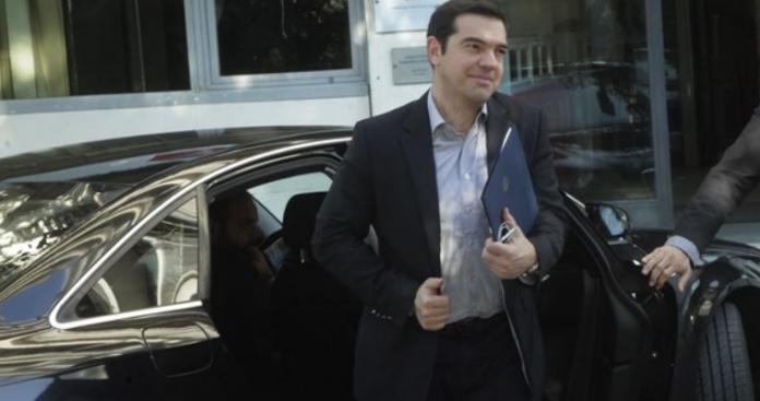 Ο Αλέξης Τσίπρας επιστρέφει στην Κουμουνδούρου, Νεφέλη Λυγερού