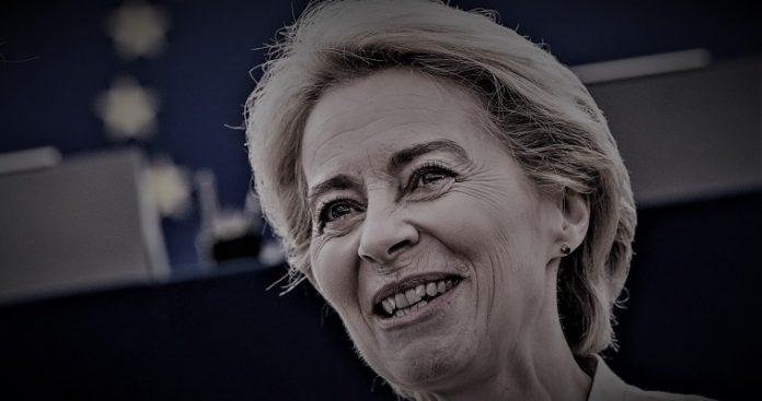 Η Ούρσουλα επιβεβαιώνει το κραυγαλέο έλλειμμα δημοκρατίας στην ΕΕ, Κώστσς Μελάς