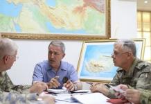 Τούρκοι σωματάρχες βολοδέρνουν στην Κύπρο και οι Τουρκοκύπριοι σε ρόλο χρήσιμου ηλίθιου, Σενέρ Λεβέντ