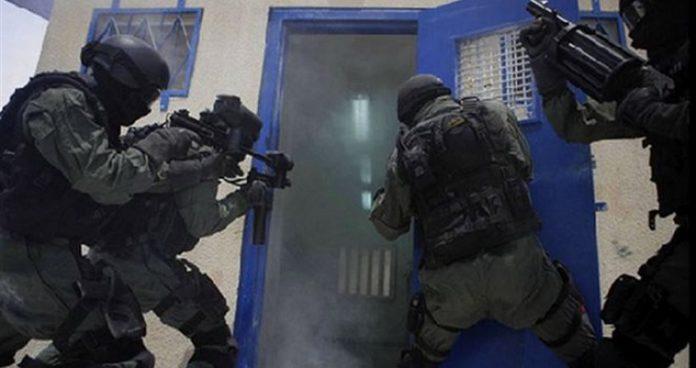Αγγλία: επίθεση σε φυλακή με